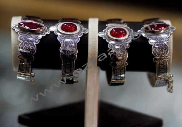 New Yaqod Hindi Diamond Bracelet